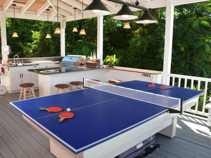 Enjoy a game of table tennis in the billiard porch
