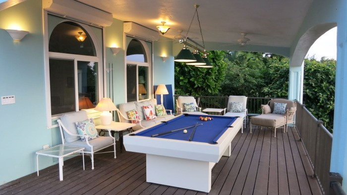 Plumeria Villa: New billiard porch